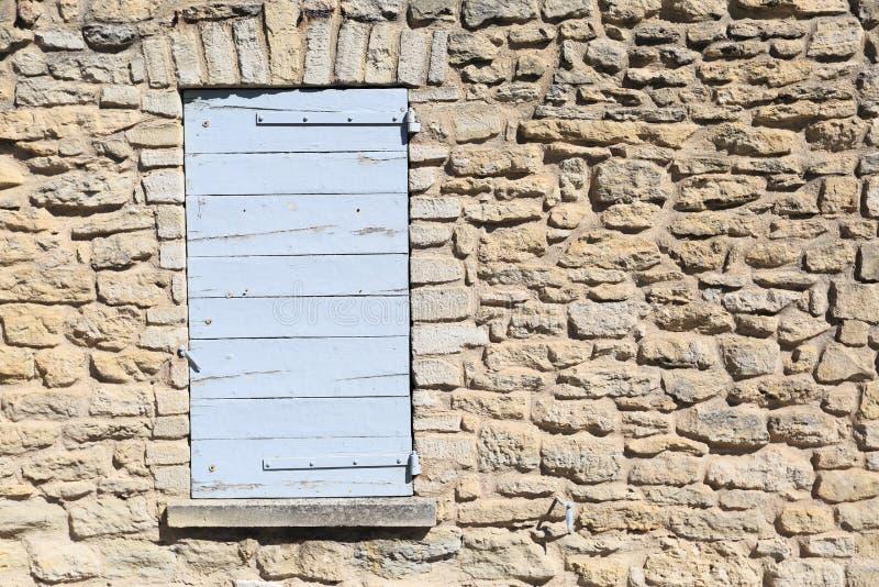 Provence stilfönster arkivfoton