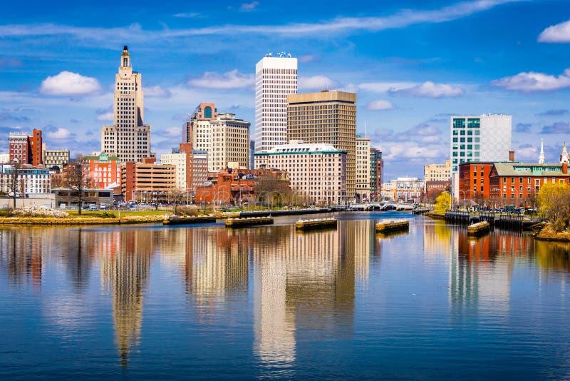 Providence, Île de Rhode, horizon du centre des Etats-Unis sur la rivière photo stock