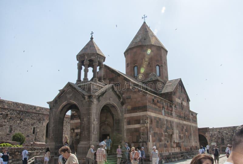 Provincia de Ararat, Armenia - 15 de junio de 2015: La iglesia de la madre santa de dios imágenes de archivo libres de regalías