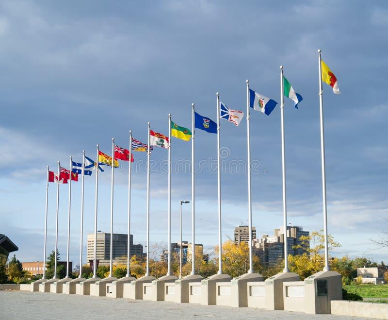 Provinsiella flaggor av landskap av Kanada arkivfoton