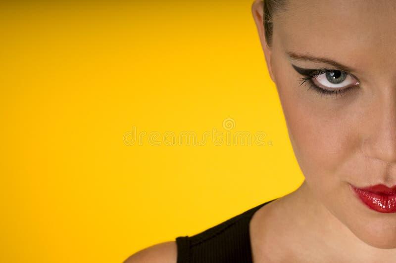 provokativ kvinna för blond look fotografering för bildbyråer