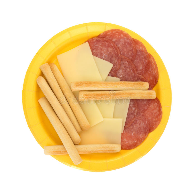Provolone kaasplakken en de salami van Genua plus breadsticks royalty-vrije stock foto