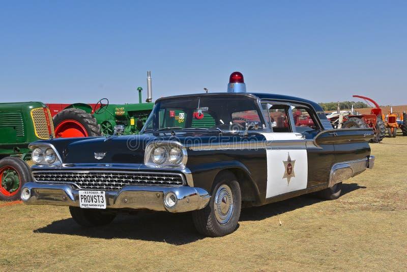 Provost 1959 de voering van Ford Galaxy upp voor een parade royalty-vrije stock afbeelding