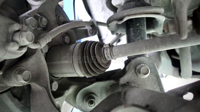 Prowadnikowy dyszel zgromadzenie na nowożytnym samochodzie zdjęcie stock