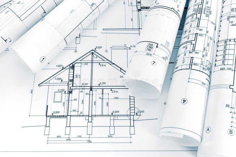 Proyecto arquitectónico de la nueva casa y de modelos rodados en arco fotos de archivo