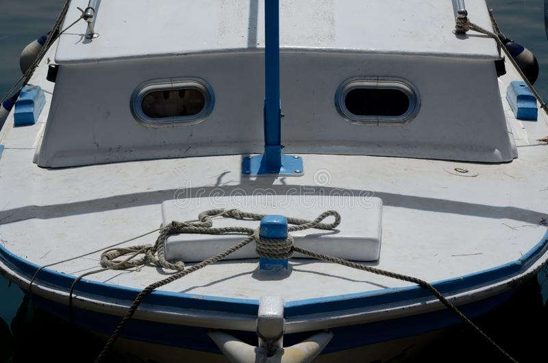 Prua di vecchia barca fotografie stock