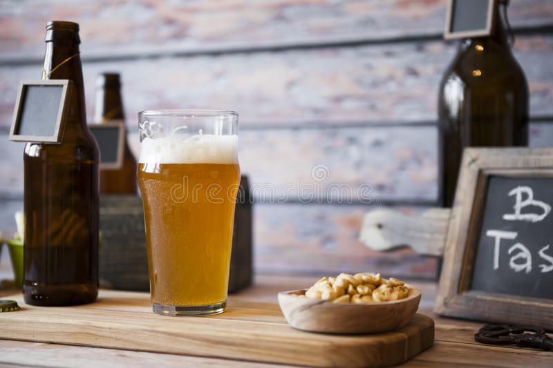 Prueba de la cerveza fotos de archivo