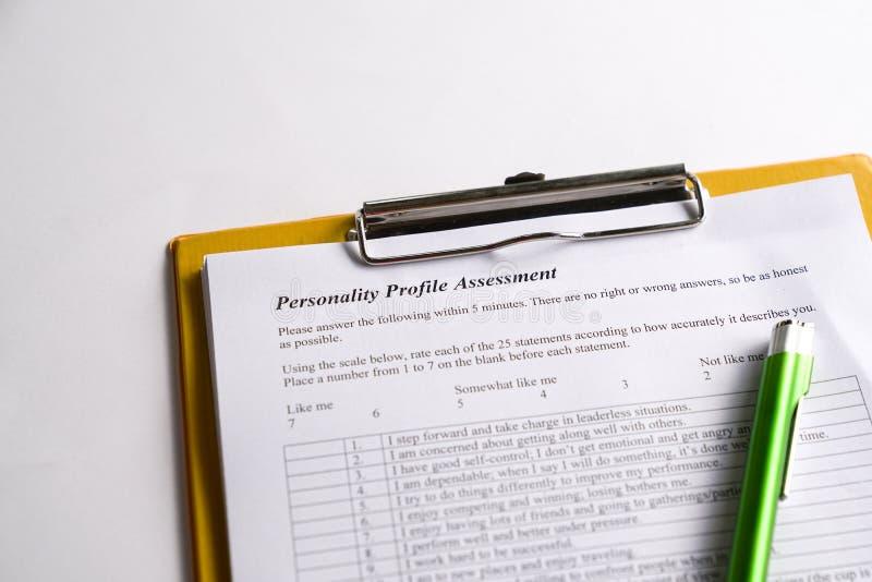Prueba de personalidad o forma de evaluaci?n imagenes de archivo