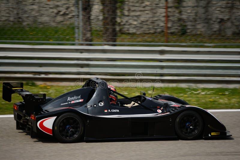 Prueba radical del coche de SR3 RS en Monza imagen de archivo libre de regalías