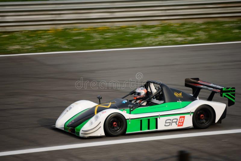 Prueba radical del coche de SR8 RX en Monza imágenes de archivo libres de regalías