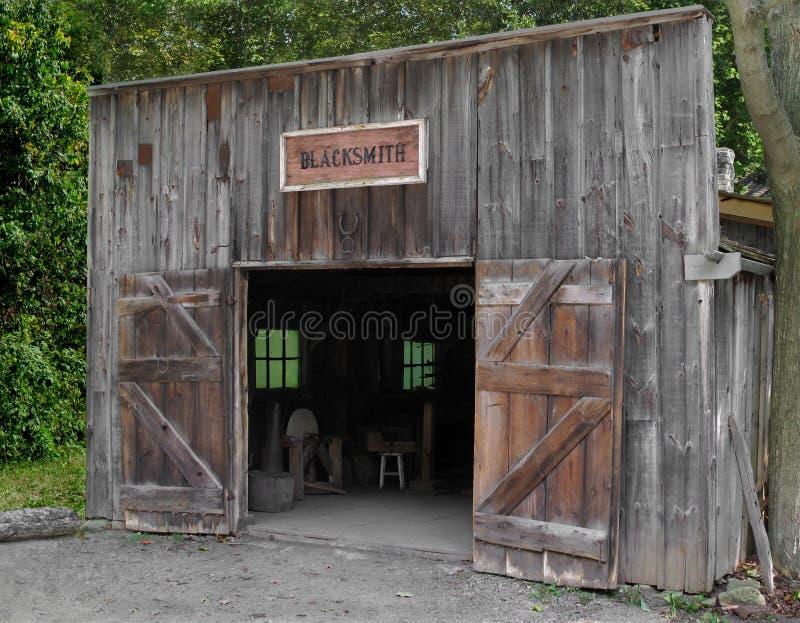 Przód blacksmith stary sklep zdjęcie stock