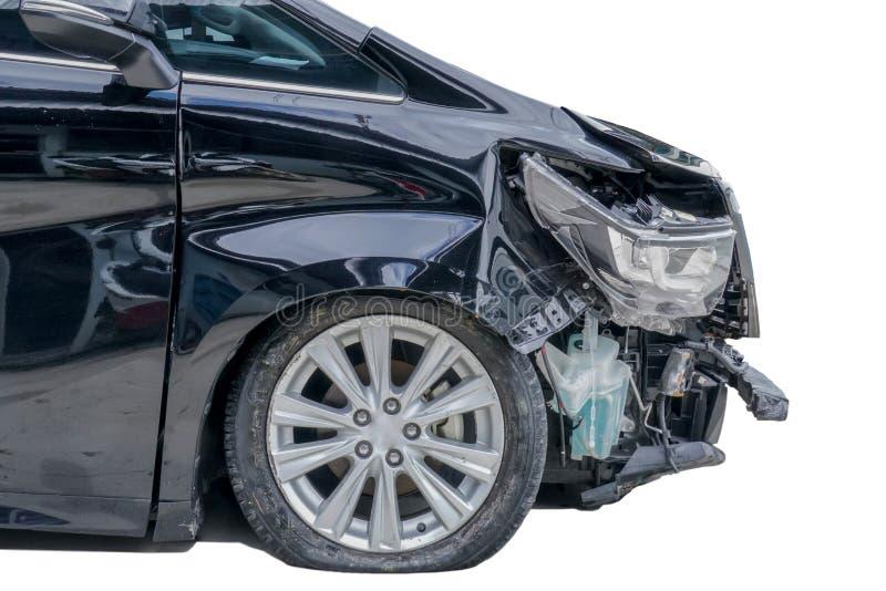 Przód czarny samochód dostawczy dostaje uszkadzającym wypadkiem Odizolowywający na białych półdupkach zdjęcie stock