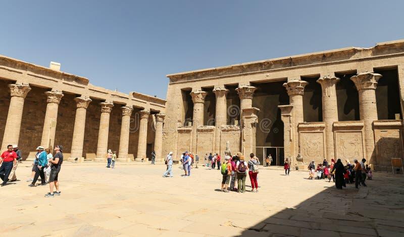 Przód Edfu świątynia w Edfu, Egipt zdjęcie royalty free