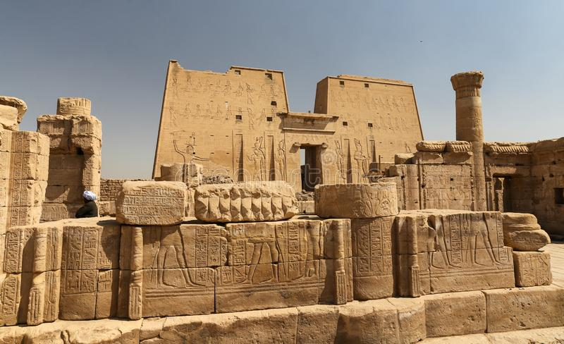 Przód Edfu świątynia w Edfu, Egipt obrazy royalty free
