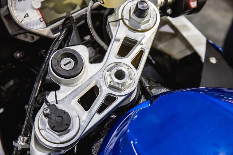 Przełącznikowej starteru keyhole technologii nowożytny motocykl obraz royalty free