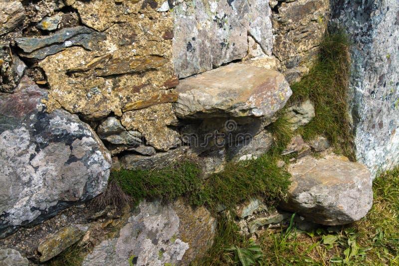 Przełaz, styl, cantilevered kroki w suchej kamiennej ścianie zdjęcie stock
