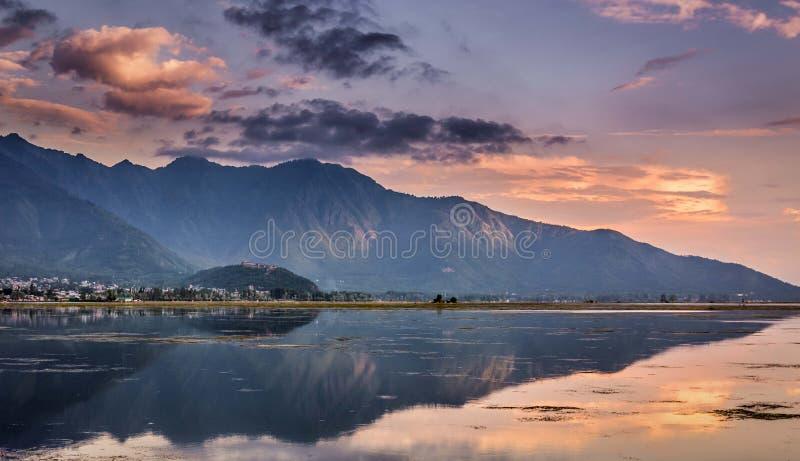 Prześwietny widok światowy sławny Dal jezioro fotografia stock