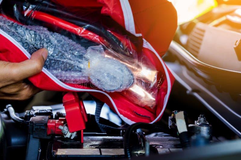 Przeciwawaryjna narzędzie torba w samochodzie dla podróży obraz royalty free