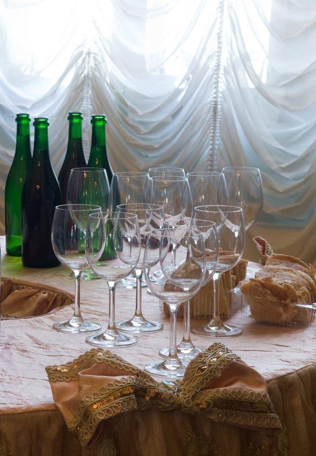 Download Przed wina testowanie obraz stock. Obraz złożonej z alkohol - 28971157