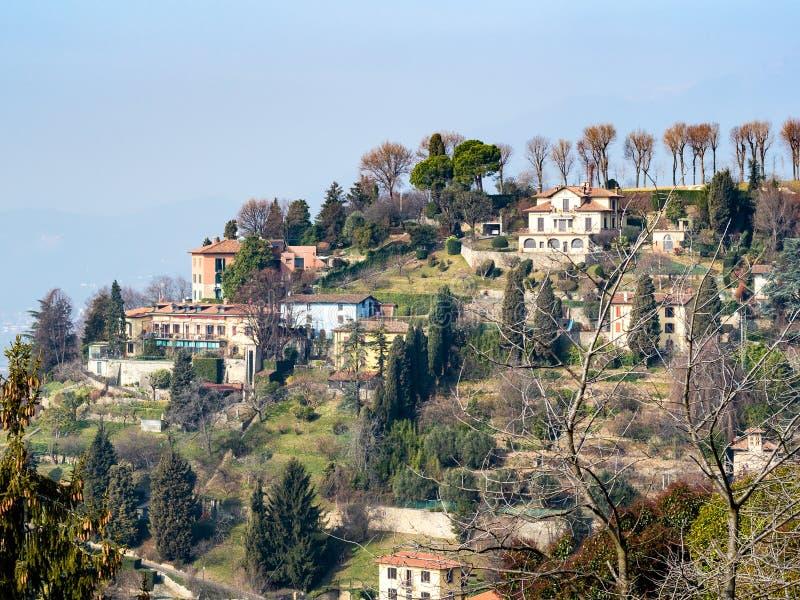 przedmieście Bergamo miasto na wzgórzu fotografia stock