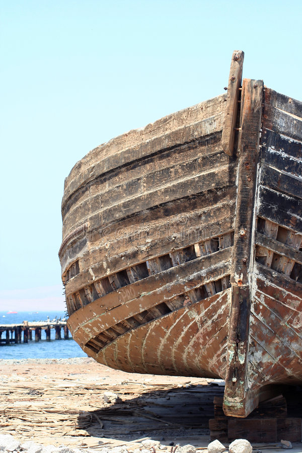 przednia wrak statku piasku. zdjęcie stock