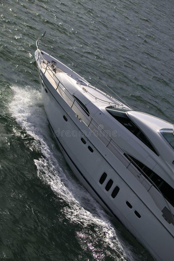 przedniej części jest jacht fotografia royalty free