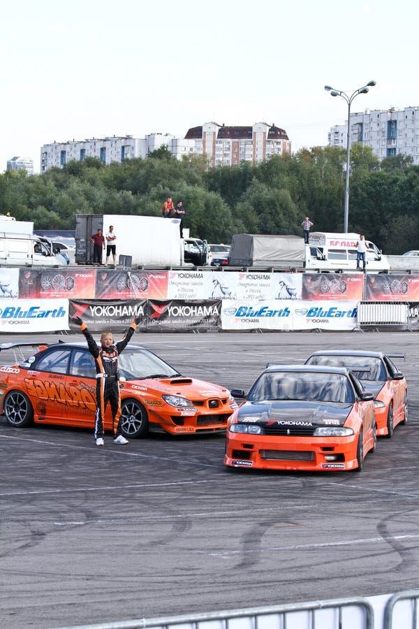 przedstawienie dryftowa pomarańczowa drużyna zdjęcie stock