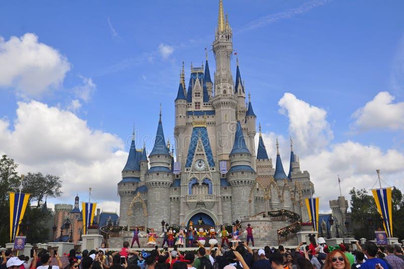 Przedstawienie przy Magicznym królestwo parkiem, Walt Disney Światowy kurort Orlando, Floryda, usa obraz royalty free