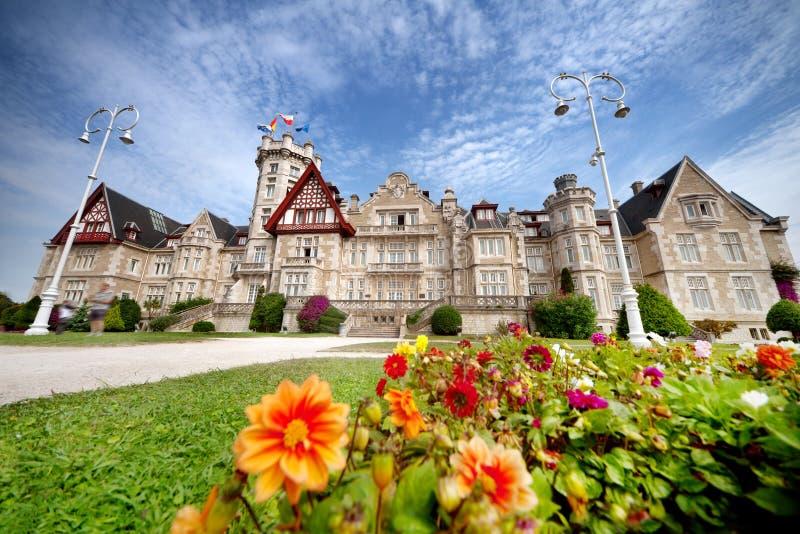 Przegląd Palacio De Los angeles Magdalena w Santander, Cantabria Hiszpania fotografia stock