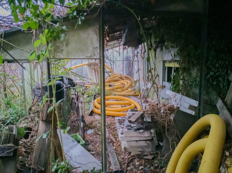 Przegranego miejsca stary budynek przed gniciem obraz royalty free