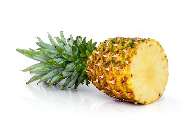 przekrawa ananasy obrazy stock