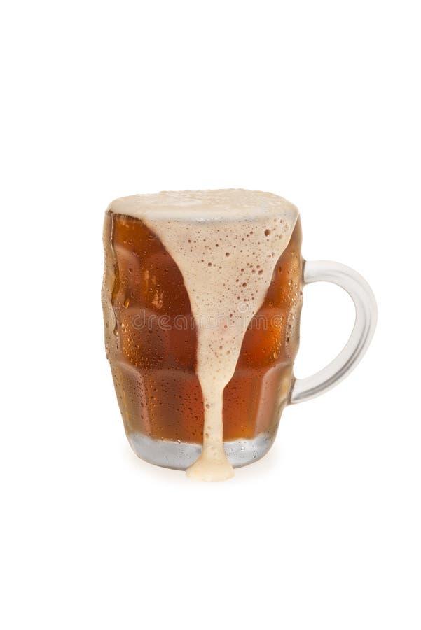 Przelewać się Bock piwo obrazy stock
