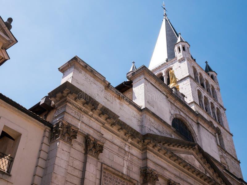 Przelotne spojrzenie dzwonkowy wierza w Annecy Francja zdjęcie stock