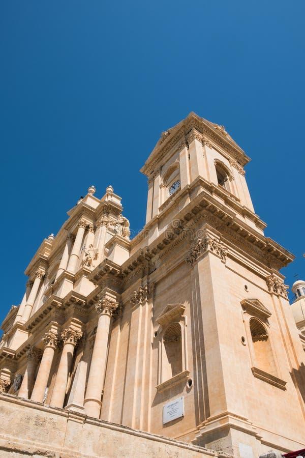 Przelotne spojrzenie opóźniona barokowa architektura w Noto, Włochy obraz royalty free