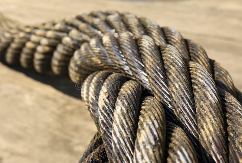 Przemysł ciężki i na morzu stal kabel fotografia stock