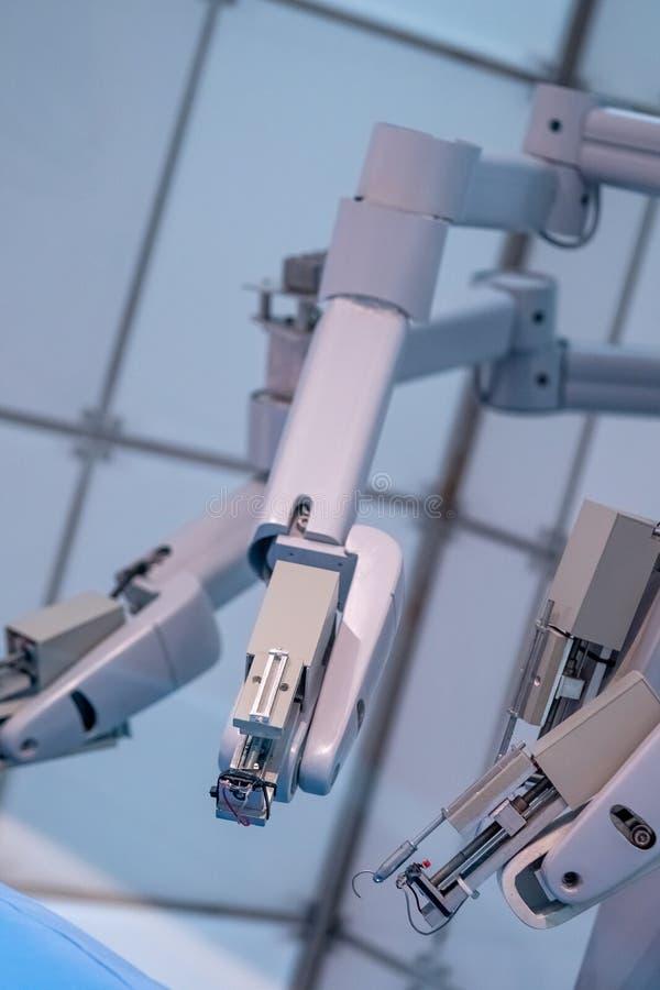 Przemysłowa Mechaniczna ręki maszyna Dla Fabrykować linię W fabryce fotografia royalty free