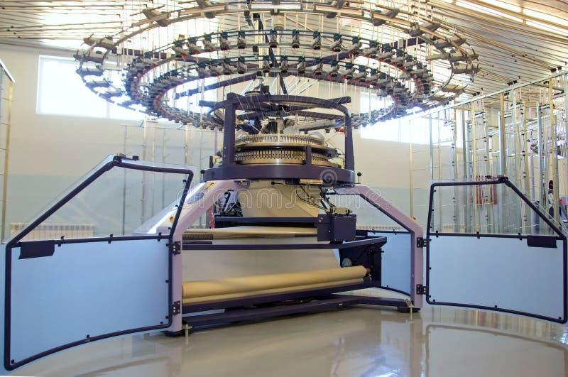 Przemysłowego wyposażenia i produkcji maszyna na fabryce fotografia stock
