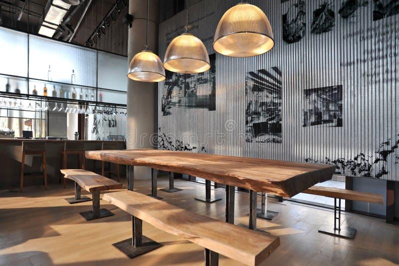 Przemysłowy loft baru styl zdjęcia stock
