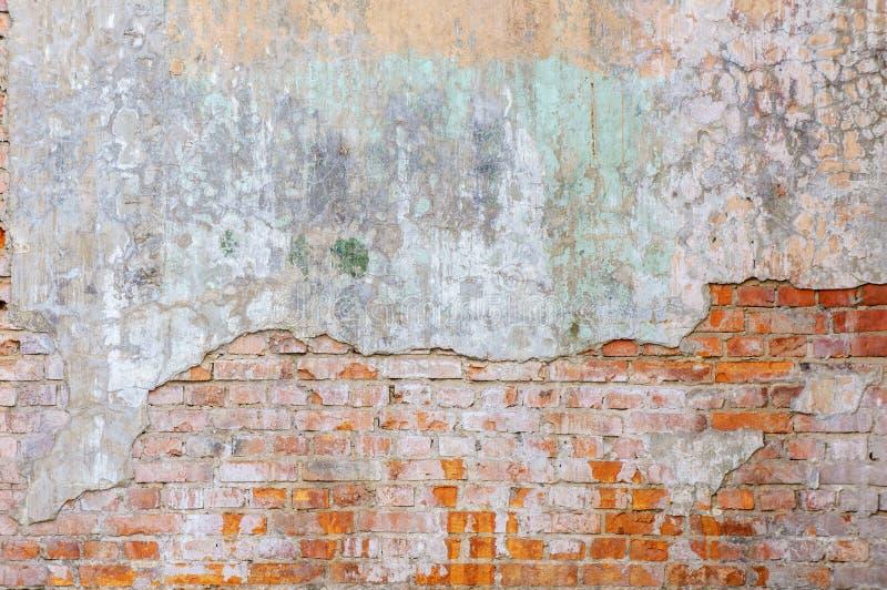 Przemysłowy tło, pustego grunge miastowa ulica z magazynowym ściana z cegieł Tło starego rocznika brudny ściana z cegieł zdjęcie stock