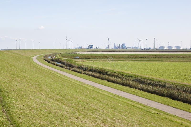 Przemysłowy teren Eemshaven, Groningen, holandie zdjęcia stock