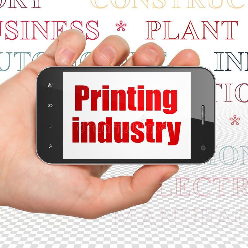 Przemysłu pojęcie: Wręcza Trzymać Smartphone z Drukowym przemysłem na pokazie royalty ilustracja