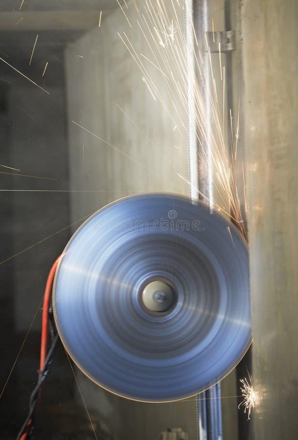Download Przemysłowa Rozbiórkowa Dyska Saw Maszyna Obraz Stock - Obraz złożonej z pracy, wyposażenie: 28962159