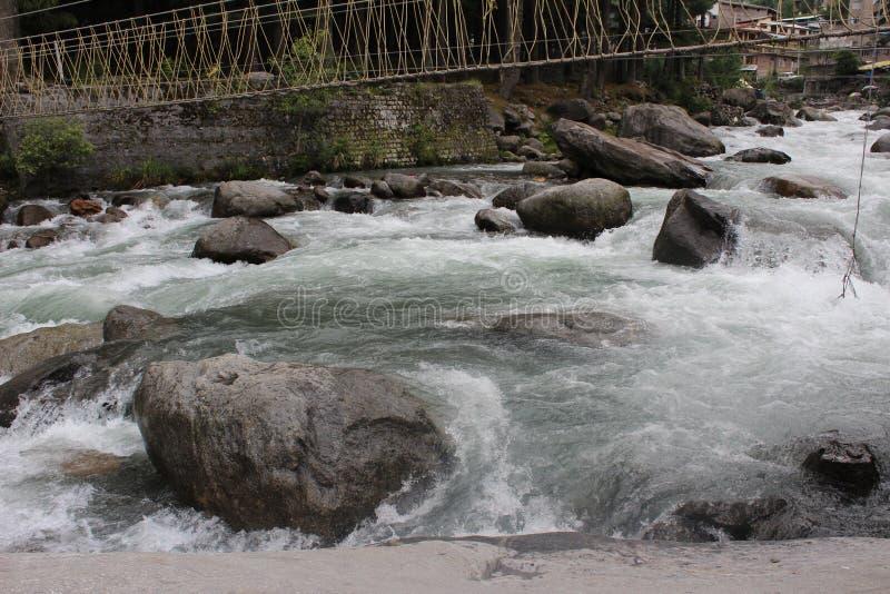 Przepływ woda zdjęcie stock