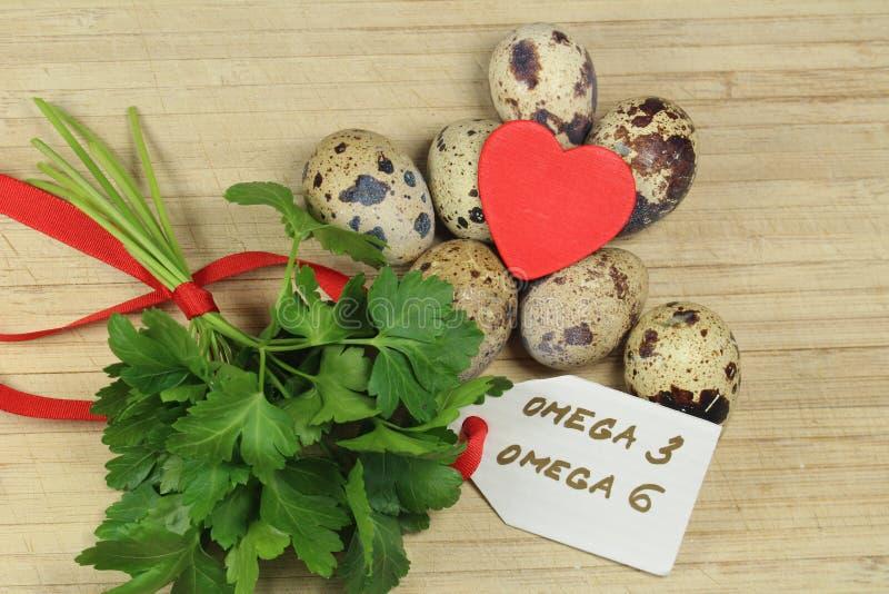 Przepiórek jajka, pietruszka i - obraz stock