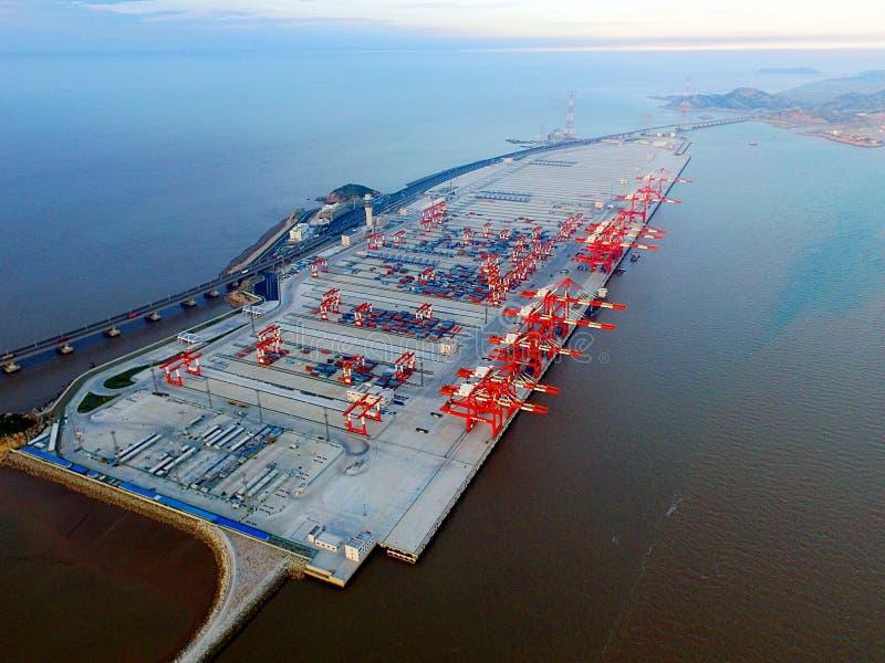 Przeprowadzającego etapami projekt Yangshan głębokiej wody port w Szanghaj fourth obrazy royalty free