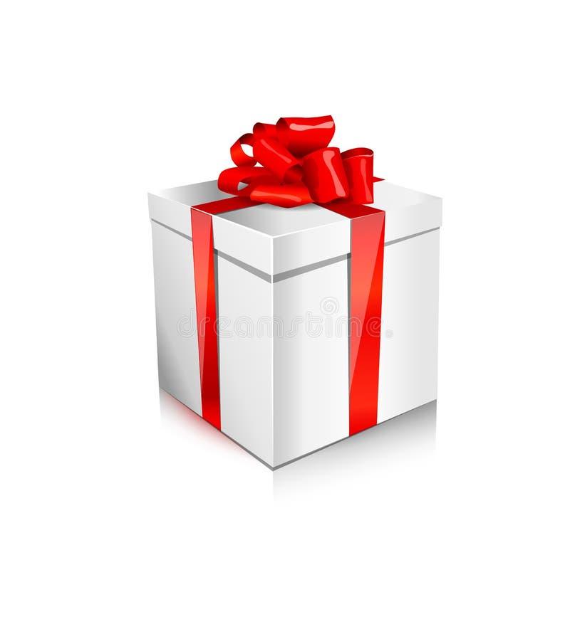 Przerzedżę pakował środkowego białego prezenta pudełko z atłasowym czerwonym łękiem i faborek odizolowywającego na białym tle obrazy stock