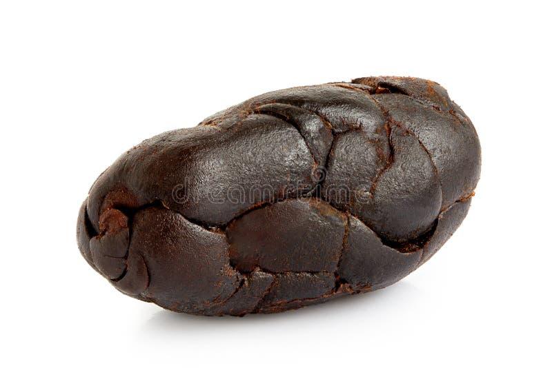 Przerzedżę piec obranej kakaowej fasoli na bielu zdjęcie royalty free