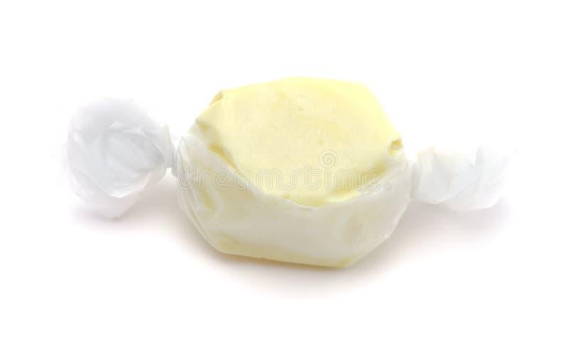 Przerzedże kawałek Żółty słonej wody Taffy fotografia stock