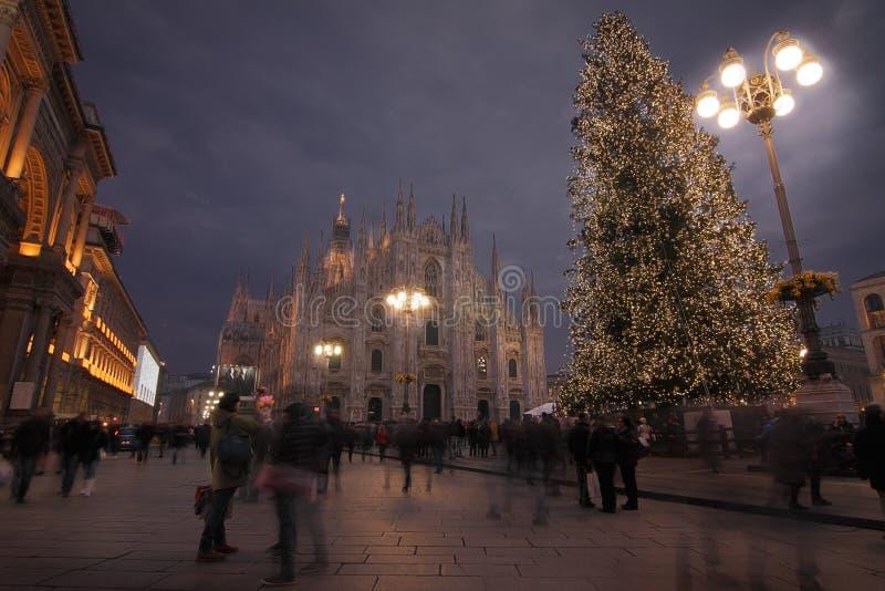 Przesławny przyjęcie, ` Duomo ` kwadrat w Mediolan fotografia royalty free