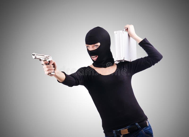 Download Przestępca Z Pistoletem Odizolowywającym Na Bielu Zdjęcie Stock - Obraz złożonej z maska, tło: 57653976